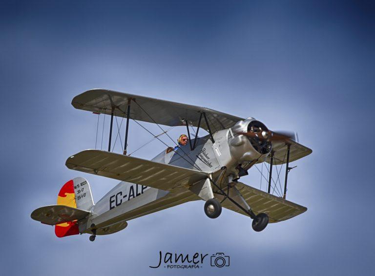 Exhibición aerea en Cuatro Vientos